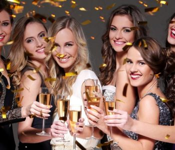 female Party Fun00